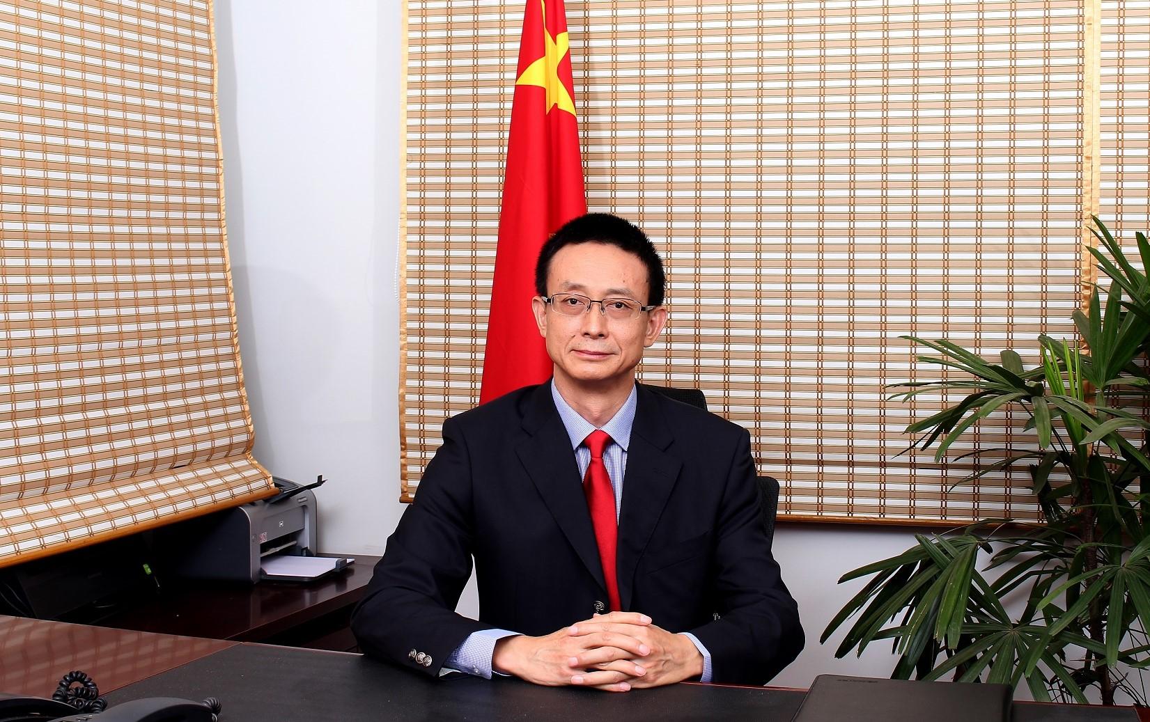 CHINA-CG-IN-MUMBAI-1-1.jpg